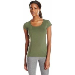 "Oiselle ""On The Line"" Top in Money Green 08"